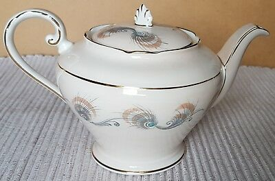 Lovely Vintage Aynsely Footed Teapot - Feathers Pattern