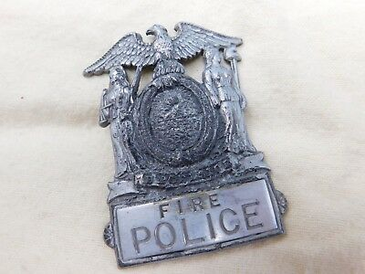 Obsolete New York Fire Police Cap Badge #16