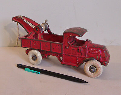 Cast Iron CHAMPION Mack Tow Truck or Wrecker, Large 8 inch version