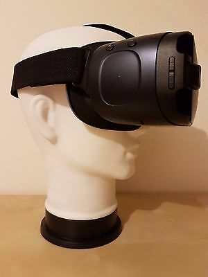VR Headset Stand Suitable for Sony PlayStation PS4 and Oculus - Christmas Gift