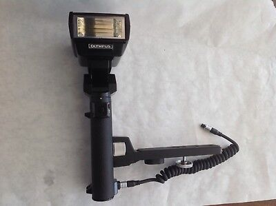 Olympus OM Electronic Flash Power Bounce Grip 2, with cable and T32 Flash