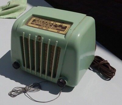 Philips Valve Radio - pale green 1950's