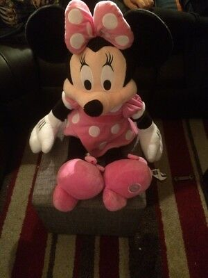 Disney Store Exclusive Minnie Mouse Plush Soft Toy Teddy Comforter