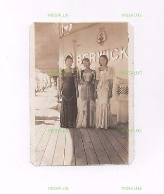 Old Photo Glamorous Chinese Ladies On Board Hms Berwick Hong Kong Vintage C.1930