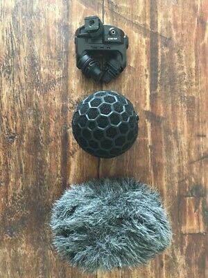 Rode Stereo VideoMic X - Broadcast-grade on-camera microphone. No reserve