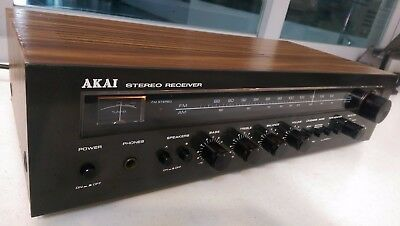 Akai Aa-1125 Stereo Receiver Amplificador  Excellent Condition
