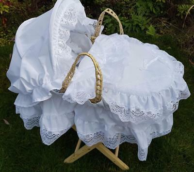 White Lacey  Dolls Moses Basket And  Pillow And Mattress Set Plus Stand