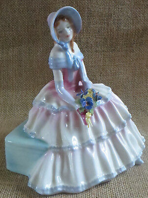 Royal Doulton Figurine Daydreams  Hn 1731
