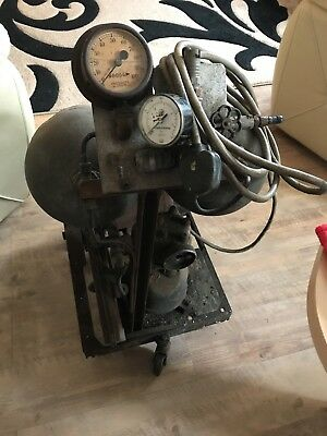 Vintage Air Compressor Working