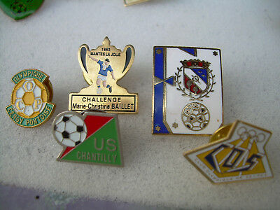 pin's football  CLUBS  REGION PARIS FRANCONVILLE CERGY SEVRES MANTES CHANTILLY