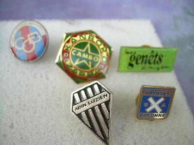 pin's football  CLUBS  REGION COTE BASQUE BAYONNE ANGLET CAMBO ST JEAN DE LUZ