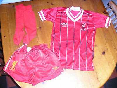 Liverpool football kit 5-6yrs tshirt shorts socks