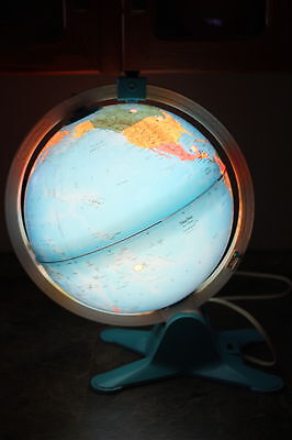 Vintage Fisher Price World Globe Electric Light Plug In Magnifying Glass