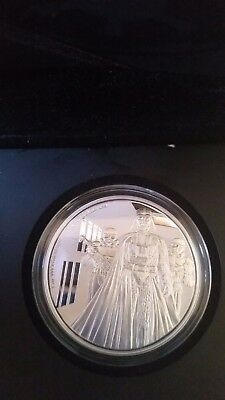 Niue Star Wars Disney $ 2 Darth Vader Proof Silver coin 2016 Only 10,000 made!