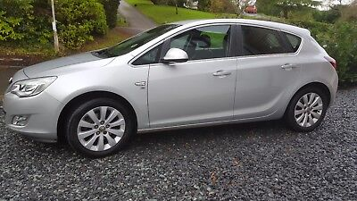 Vauxhall Astra 2.0 CDTi Elite Diesel Auto 5dr 2012 hatchback | leather seats