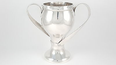 Edwardian Solid Sterling Silver Art Nouveau Cup - Ldn 1910 - 437 Grams