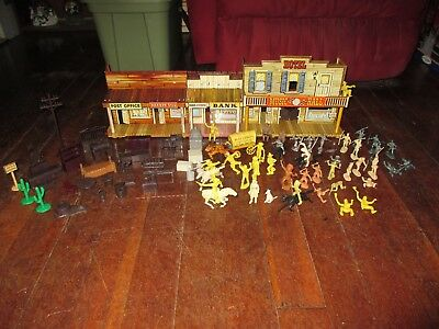 Vintage Marx Western Town Playset with 73 Assorted Figures & Accessories! LOOK!
