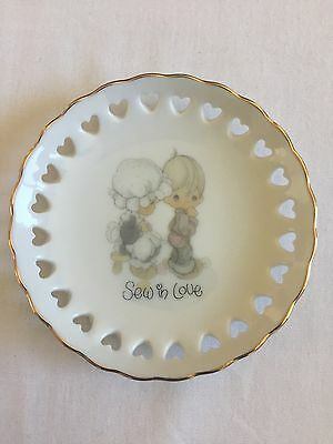 Precious Moments, Sew In Love, 1984 Mini Porcelain Plate