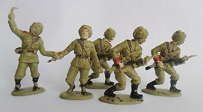 Crescent WW2 Indian Army Troops (Sikhs) x 5 - 1/32 scale - Good condition