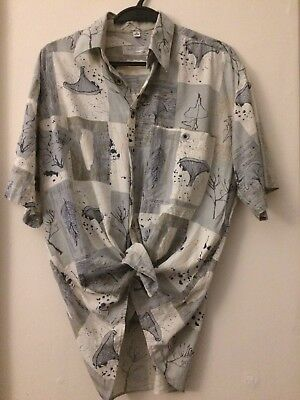 Vintage Oversized Shirt size M with shell / beach theme design