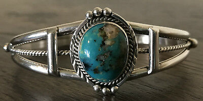 Lovely Native American Geneva Ramone Sterling Silver & Turquoise Cuff