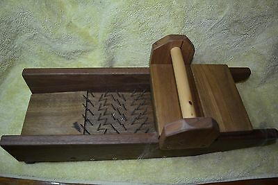 WOOL PICKER WIDE MODEL  with Youtube link before carding and spinning versitile