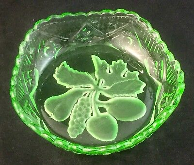 Vintage Green Depression Glass Crown Crystal Fruit Pattern Pin Trinket Dish Bowl