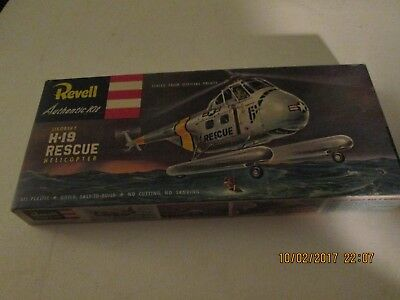 """Vintage Revell Authentic Sikorsky H-19 Rescue Helicopter """"s"""" Model Kit"""