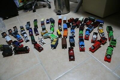 Thomas Trackmaster Engine and Cars lot