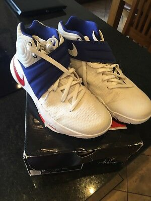 Nike Kyrie 2 Basketball Boots UK 8