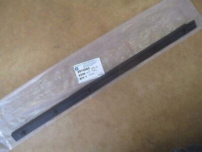 Nos Holden Hq Hj Hx Hz L/h Rear Outer Door Window Weather Rubber Strip Seal Belt