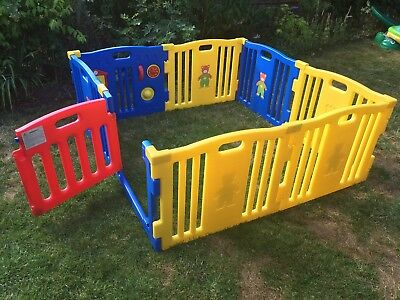 MCC 8 sided plastic playpen with floor mat