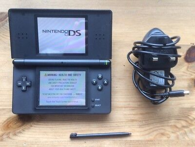 Black Nintendo Ds Lite Console & Charger Bundle! VGC!