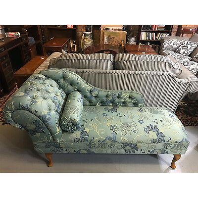 Chaise Lounge in Patterned Fabric - Inadam Furniture