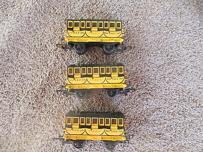 Tri Ang Triang OO Scaled 3 Liverpool Manchester Times Coach  Passenger Train Car