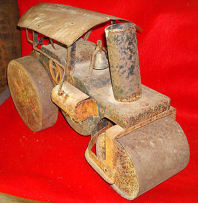 "Antique ""Little Jim"" Steam Roller Engine Large Metal Toy (JC Penney) 1940's?"