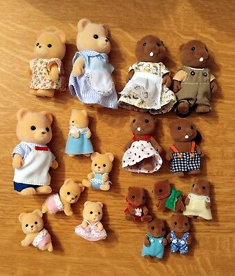 Sylvanian Families - Two families - Beavers and Sunshine bears (17 figures)
