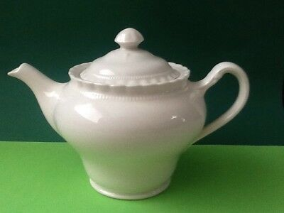 """**j & G Meakin England Sol Pretty Small Off White Teapot Approx 5"""" High**"""