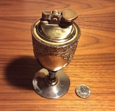 RETRO 1960s SILVER PLATED TABLE LIGHTER, GOOD SIZE LOW START LOOK!