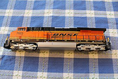 BNSF Railway InterMountain ES44DC #7623 with DCC & Sound in HO Scale