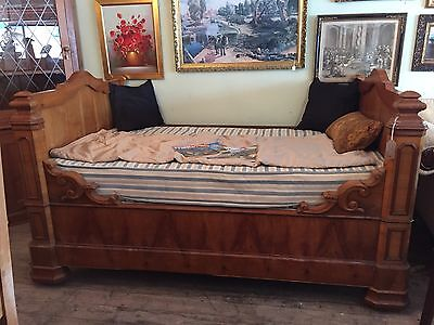 Antique French Day Bed