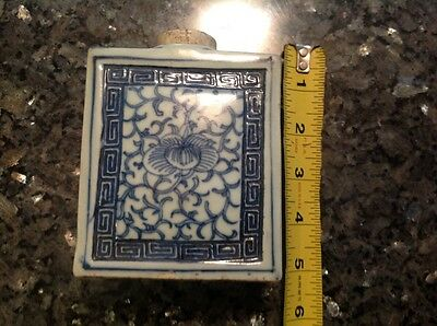 Chinese Porcelain 19th Century Tea Caddy(( REDUCED))