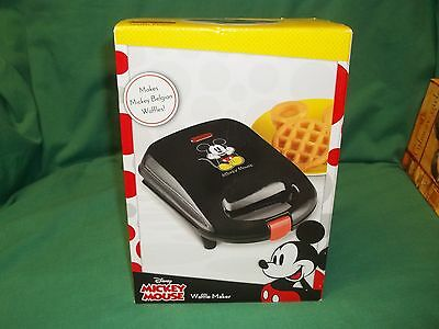 Disney MICKEY MOUSE Belgian Waffle Maker Electric Non Stick Classic
