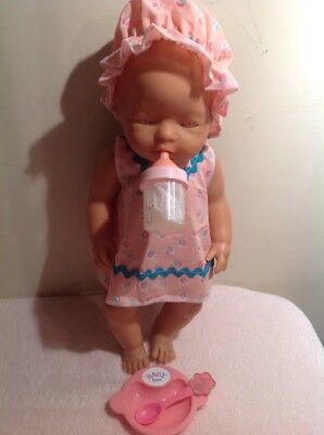 ZAPF Creations Drinking & Wetting Baby Born Doll 42cm Tall Excellent Condition