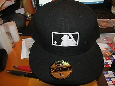 New Era MLB Umpire Fitted Hat Cap 7 1 2 NEW WITH TAG GENUINE MERCHANDISE 419f752bd80e