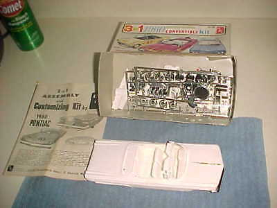 AMT vintage KIT  -  1960 PONTIAC CONVERTIBLE - 3 in 1  - IN THE BOX