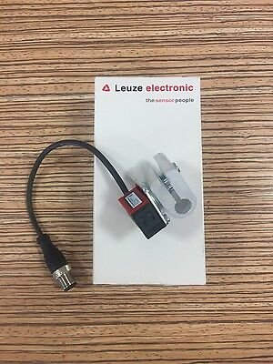Leuze Polarized retro-reflective photoelectric sensor set PRK5/4P -200-M12
