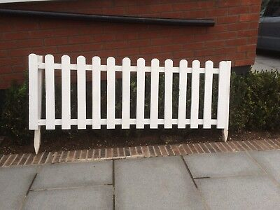 6 white wooden picket fence panels (6ft long & approx 20 inches high each)