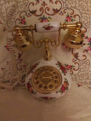Royal Albert Old Country Rose Telephone 1962