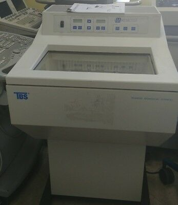 Triangle Biomedical TBS Minotome Plus Cryostat W/ Operating Manual